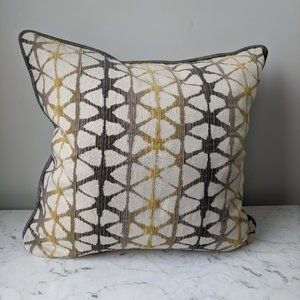 NEW Set of 2 Abstract Pillow Covers Gray Ye…